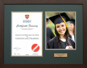 Certificate Frame with your University Graduation Photo